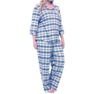 e489fc993a A two-piece pajama set size extra large plaid PJ s